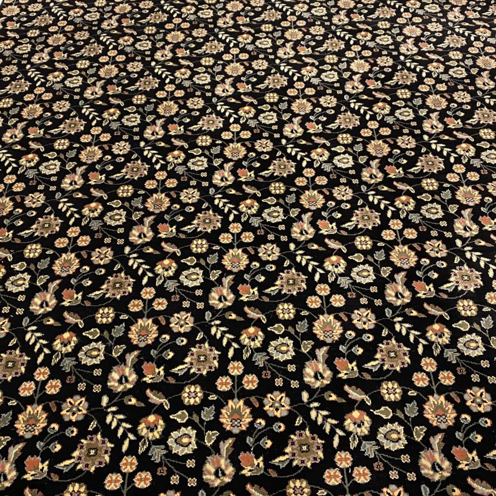 Nourison Traditional Black Wool Rug